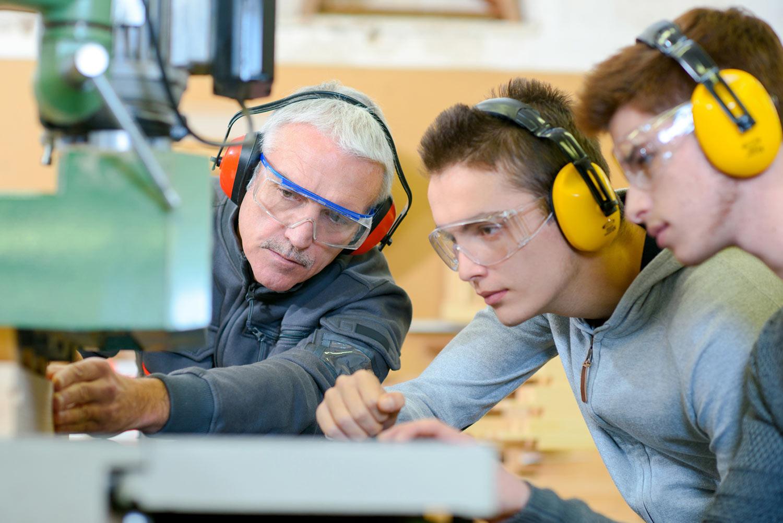 Industriemeister Metall IHK Ausbildung eduplus